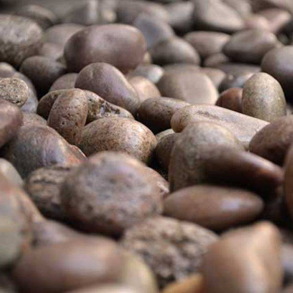 20-30mm Beach Pebbles 25kg