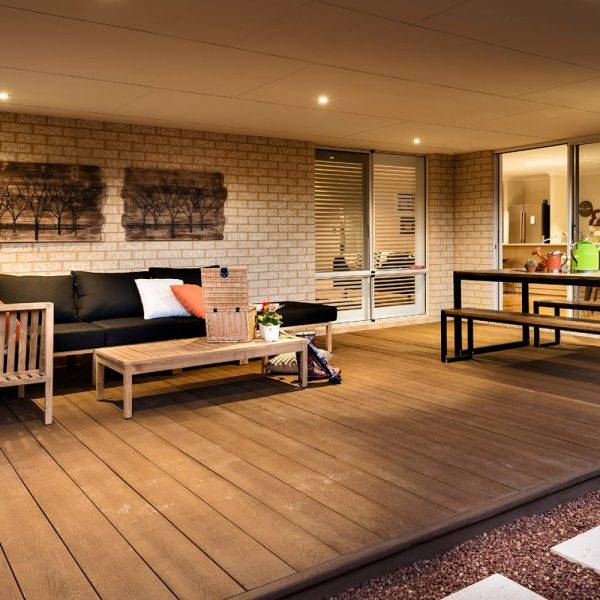Millboard 32 x 176mm x 3.6m Enhanched Grain Decking Copper Oak