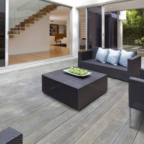 Millboard 32 x 176mm x 3.6m Enhanched Grain Decking Smoked Oak