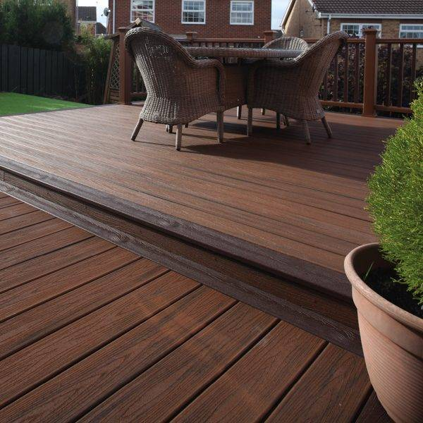 Trex Transcend Composite Grooved Decking Spiced Rum 25mm x 140mm x 4.88m